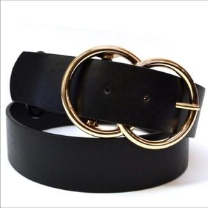 Accessories - Double O belt. Vegan Leather. Black and gold.